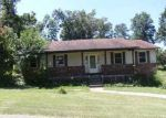 Foreclosed Home in Radcliff 40160 KINGSWOOD WAY - Property ID: 2732378462
