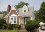 Foreclosed Home in West Hempstead 11552 GLEN RD - Property ID: 2768027347