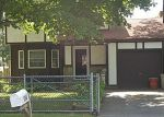 Foreclosed Home in Mastic 11950 MONTGOMERY AVE - Property ID: 2770675791