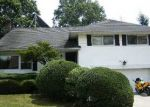 Foreclosed Home in Westbury 11590 EASTFIELD RD - Property ID: 2771155810