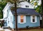 Foreclosed Home in Westbury 11590 SIEGEL ST - Property ID: 2771351126