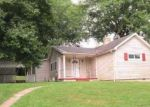 Foreclosed Home in Zanesville 43701 MITCHELL AVE - Property ID: 2775149243
