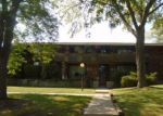 Foreclosed Home in Milwaukee 53218 W SHERIDAN AVE - Property ID: 2778483101