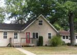 Foreclosed Home in Peoria 61614 E ROUSE AVE - Property ID: 2781968505