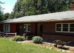 Foreclosed Home in Rockford 61108 POST DR - Property ID: 2782023243