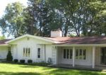 Foreclosed Home in Livonia 48154 BAINBRIDGE ST - Property ID: 2783653836