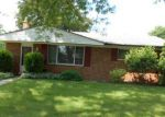 Foreclosed Home in Livonia 48154 BLUE SKIES ST - Property ID: 2783911349