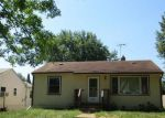 Foreclosed Home in Saint Paul 55106 HOYT AVE E - Property ID: 2784222311
