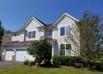 Foreclosed Home in Huntley 60142 SAWGRASS LN - Property ID: 2793403125