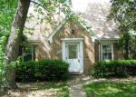 Foreclosed Home in Lincolnwood 60712 W PRATT AVE - Property ID: 2794051327