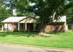 Foreclosed Home in Southaven 38671 CHESTERFIELD DR - Property ID: 2800027935