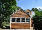 Foreclosed Home in Southampton 11968 LOCUST AVE - Property ID: 2809253406