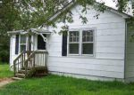 Foreclosed Home in Shirley 11967 HAMPTON RD - Property ID: 2810199431