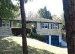Foreclosed Home in Southampton 11968 LONGVIEW RD - Property ID: 2815102103
