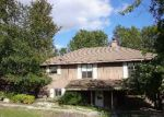 Foreclosed Home in Eureka Springs 72632 EMMAUS RD - Property ID: 2821645444