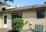 Foreclosed Home in Lawrenceville 30046 SANDALWOOD CIR - Property ID: 2821862237
