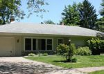Foreclosed Home in Hobart 46342 CRESTWOOD DR - Property ID: 2822939659