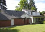 Foreclosed Home in Southfield 48076 SAN ROSA BLVD - Property ID: 2837357767