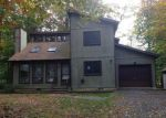Foreclosed Home in Tobyhanna 18466 IROQUOIS ST - Property ID: 2843906797
