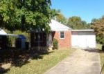 Foreclosed Home in Kingsport 37660 SEQUOYAH DR - Property ID: 2843978167