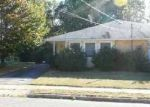 Foreclosed Home in Toms River 08753 PARISIAN DR - Property ID: 2865039469