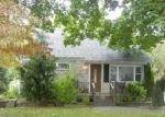 Foreclosed Home in Phillipsburg 08865 N RIVERVIEW RD - Property ID: 2865054355
