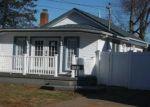 Foreclosed Home in Baldwin 11510 BERKLEY ST - Property ID: 2866468581