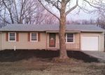 Foreclosed Home in Topeka 66609 SE MERCIER ST - Property ID: 2873720104