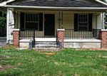 Foreclosed Home in Corbin 40701 1/2 OAK AVE - Property ID: 2873748137