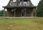 Foreclosed Home in Williamsburg 40769 3 C LOOP RD - Property ID: 2873789315