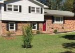 Foreclosed Home in Hope Mills 28348 CRENSHAW DR - Property ID: 2874243494
