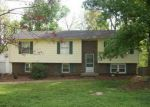 Foreclosed Home in Bowling Green 42101 DETOUR RD - Property ID: 2875423841