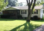 Foreclosed Home in Bowling Green 42103 CLARK CIR - Property ID: 2875660787