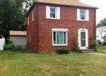 Foreclosed Home in Cleveland 44118 ORMOND RD - Property ID: 2879891607