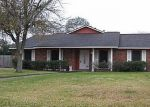 Foreclosed Home in League City 77573 ROYAL DR - Property ID: 2892749649