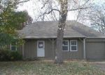 Foreclosed Home in Belton 64012 RIDGE DR - Property ID: 2897302832