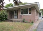 Foreclosed Home in Clinton 6413 MAPLEWOOD DR - Property ID: 2904448364