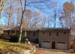 Foreclosed Home in East Hampton 6424 CLARK HILL RD - Property ID: 2904456697