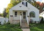 Foreclosed Home in Southfield 48076 SELKIRK ST - Property ID: 2905653681