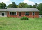 Foreclosed Home in Gastonia 28056 HICKORY GROVE RD - Property ID: 2911053457