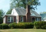 Foreclosed Home in Catonsville 21228 SHADY NOOK AVE - Property ID: 2914252417