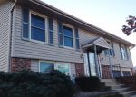 Foreclosed Home in Bloomingdale 60108 CIRCLE AVE - Property ID: 2922109227