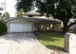 Foreclosed Home in Houston 77067 RIDGE HOLLOW DR - Property ID: 2923038615
