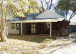 Foreclosed Home in Memphis 38117 AMBOY RD - Property ID: 2923872515
