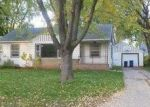 Foreclosed Home in Green Bay 54304 OAKLAWN AVE - Property ID: 2931437195