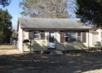 Foreclosed Home in New Bern 28560 N 1ST AVE - Property ID: 2935121438