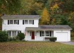 Foreclosed Home in Norwich 06360 GREEN BRIAR RD - Property ID: 2938150463