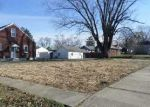 Foreclosed Home in New Albany 47150 SLOEMER AVE - Property ID: 2939288774