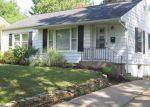 Foreclosed Home in Cedar Rapids 52403 12TH AVE SE - Property ID: 2939449953