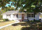 Foreclosed Home in Monticello 42633 S MAIN ST - Property ID: 2939565567